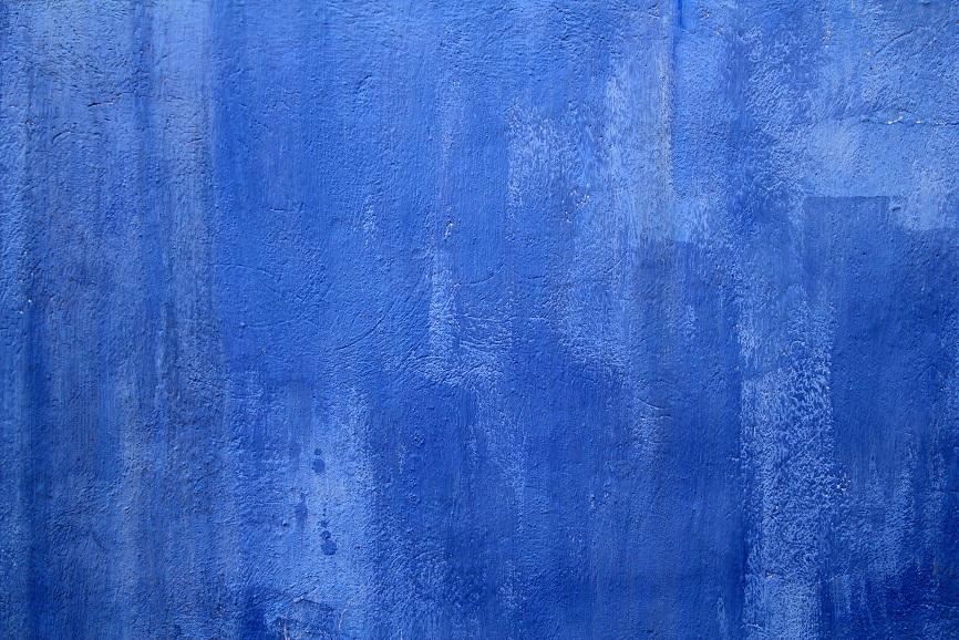 Blue wall grunge